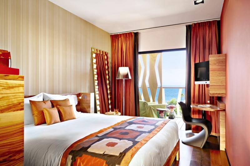 Hotelzimmer mit Yoga im Bohemia Suites & Spa