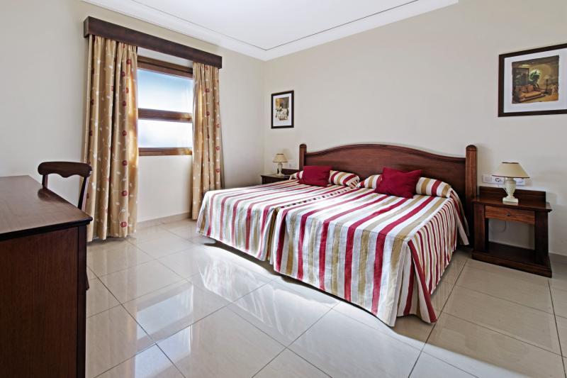 Hotelzimmer mit Mountainbike im Marylanza Suites & Spa
