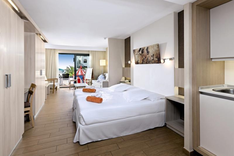 Hotelzimmer mit Tennis im Be Live Experience Lanzarote Beach