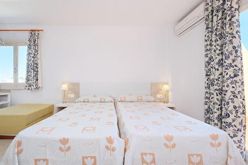 Hotelzimmer mit Fitness im azuLine Apartamentos Sunshine