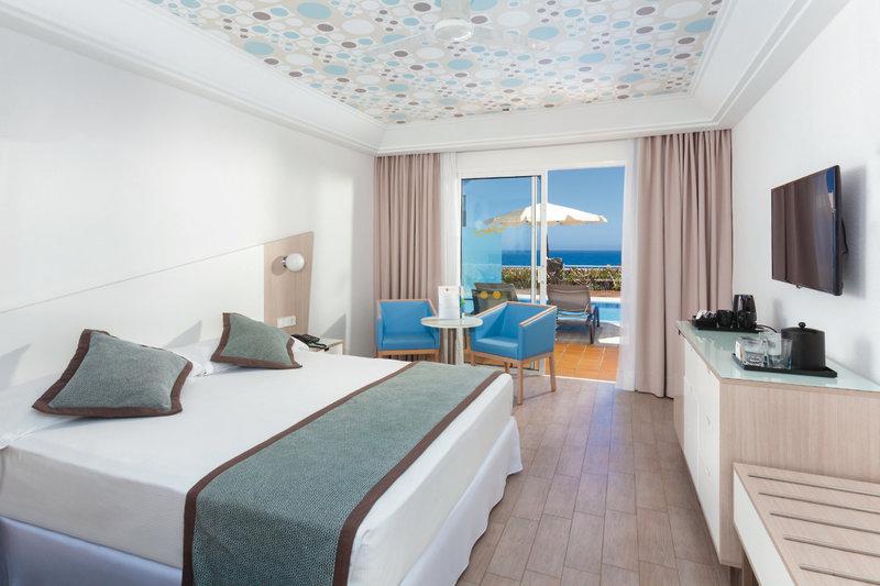 Hotelzimmer mit Mountainbike im ClubHotel Riu Gran Canaria