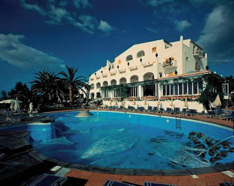 Hotel Arathena Rocks günstig bei weg.de buchen - Bild von FTI Touristik