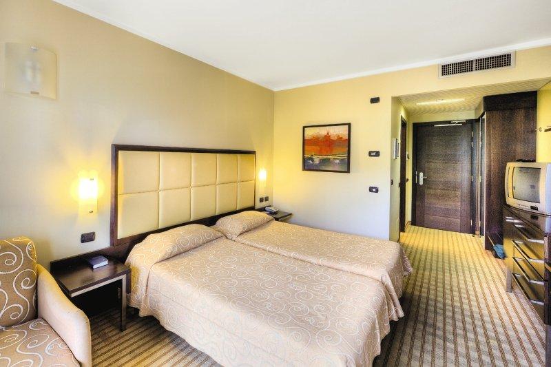 Hotelzimmer im Parc Hotel günstig bei weg.de