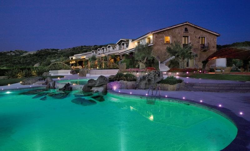 Hotel Pulicinu in Sardinien - Bild von FTI Touristik