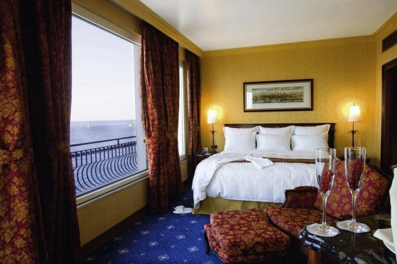 Hotelzimmer mit Tennis im RG Naxos Hotel