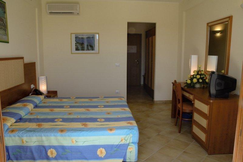 Hotelzimmer im VOI Arenella Resort günstig bei weg.de