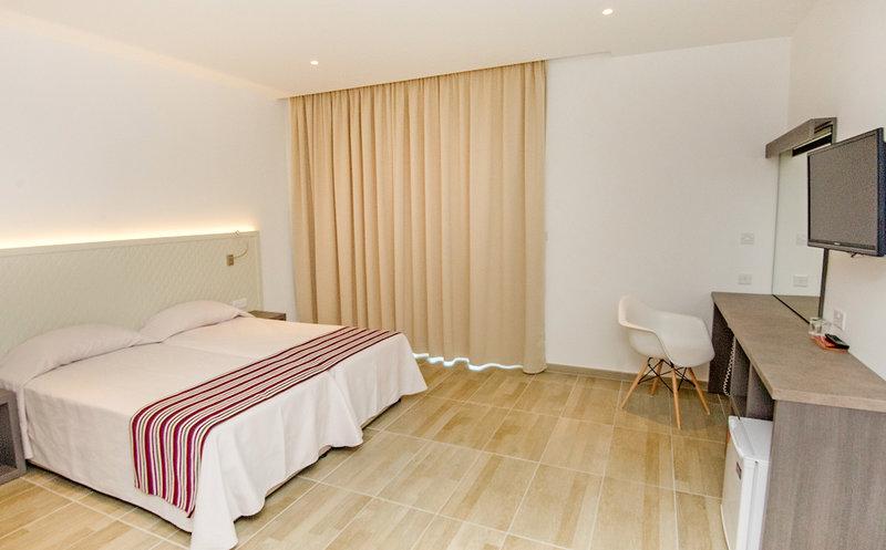 Hotelzimmer im Chrystalla Hotel günstig bei weg.de
