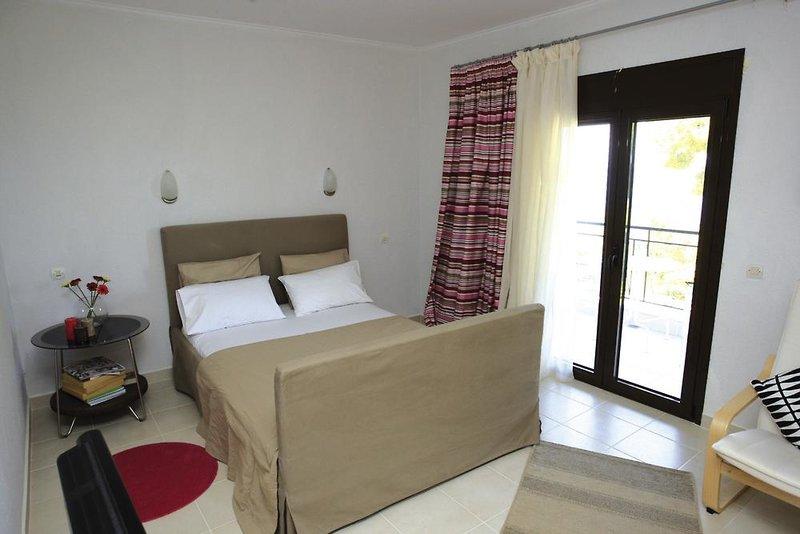 Hotelzimmer mit Klimaanlage im Apartments Peristerides