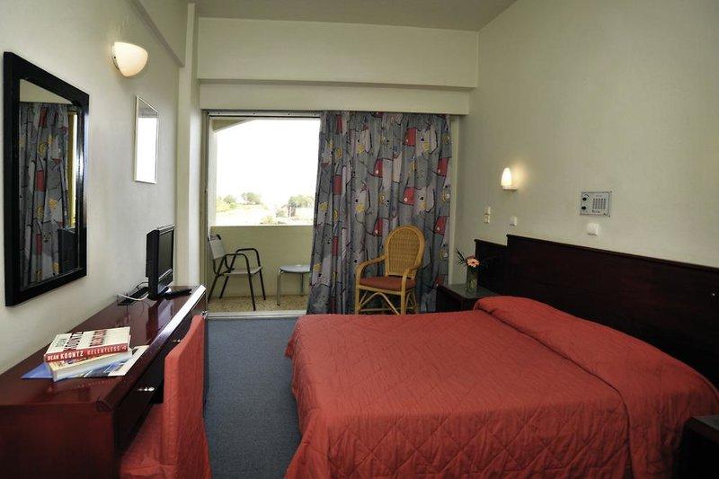 Hotelzimmer mit Pool im Kriti