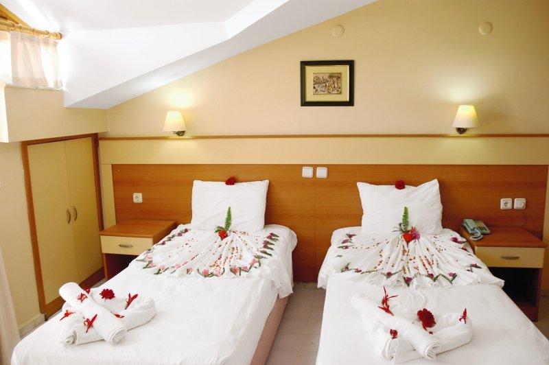 Hotelzimmer im Club Turkuaz Garden Hotel günstig bei weg.de