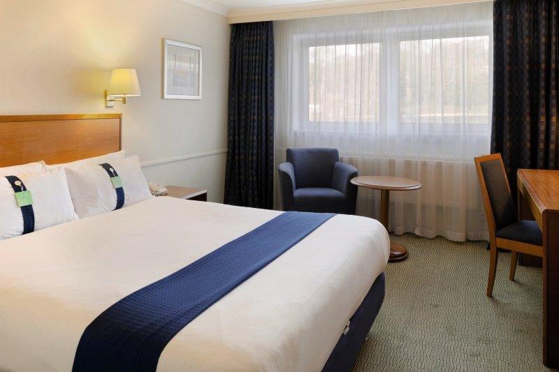 Hotelzimmer mit Fitness im Holiday Inn Edinburgh