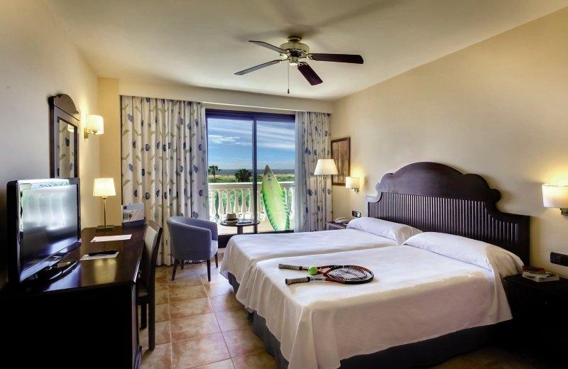 Hotelzimmer im Occidental Isla Cristina günstig bei weg.de