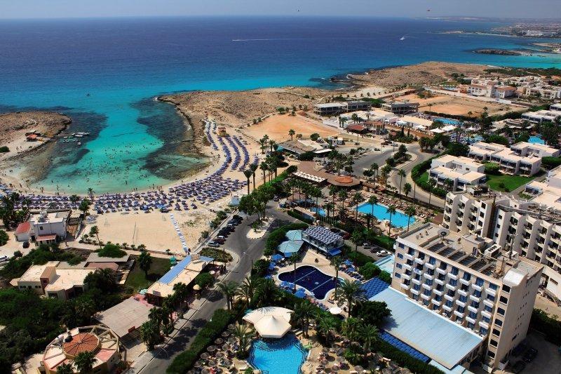 Anonymous Beach Hotel in Zypern Süd - Bild von 5vorFlug