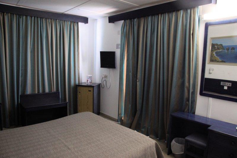 Hotelzimmer im Anonymous Beach Hotel günstig bei weg.de