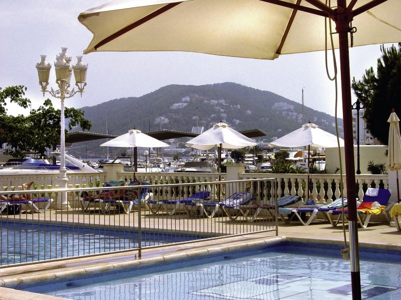 Hotel Tres Torres günstig bei weg.de buchen - Bild von 5vorFlug