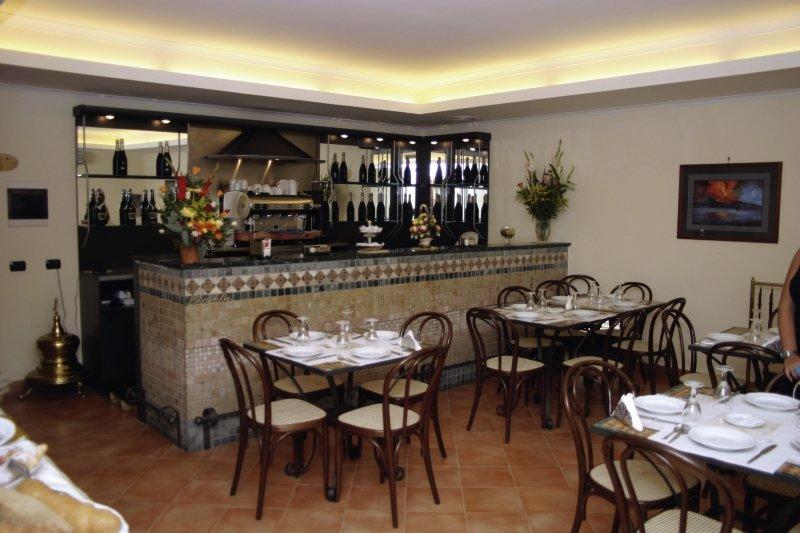 Hotel Neapolis in Golf von Neapel - Bild von 5vorFlug