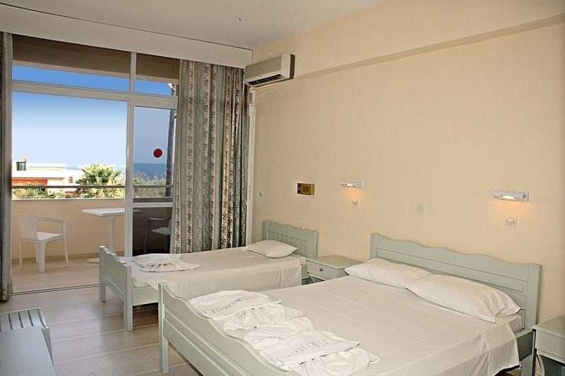 Hotelzimmer im CNic Gemini Hotel günstig bei weg.de