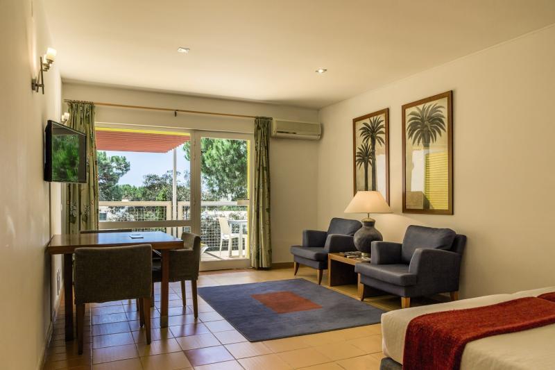 Hotelzimmer im Pinhal da Marina günstig bei weg.de