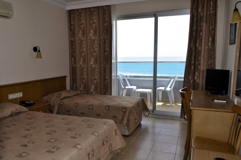 Hotelzimmer mit Fitness im Azak Beach Hotel
