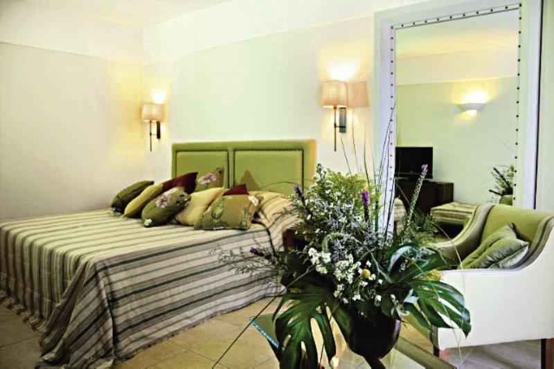 Hotelzimmer mit Yoga im TUI SENSIMAR Elounda Village Resort & SPA by Aquila