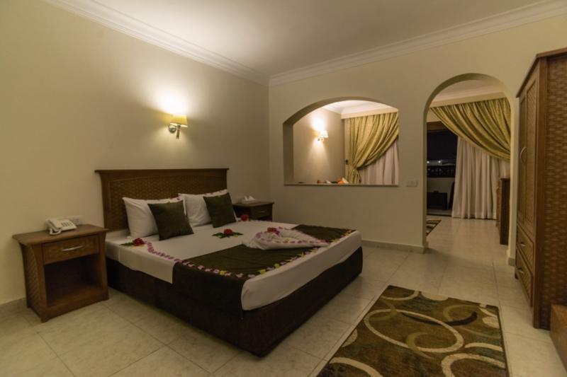 Hotelzimmer mit Volleyball im Tivoli Sharm