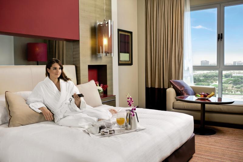 Hotelzimmer mit Golf im Park Rotana - Abu Dhabi