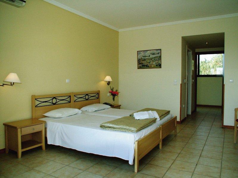 Hotelzimmer im Telemachos günstig bei weg.de