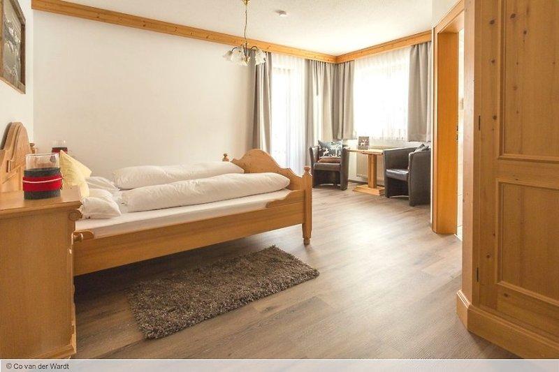 Hotelzimmer mit Spielplatz im Landhaus Alpenherz